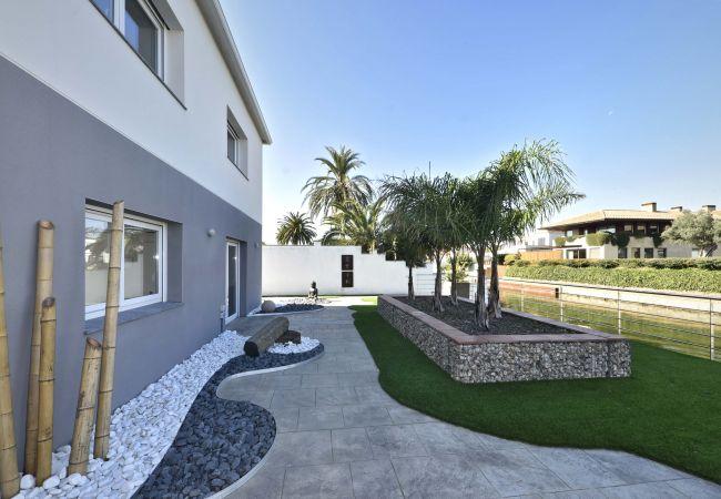 Villa à Empuriabrava - LV04 freser